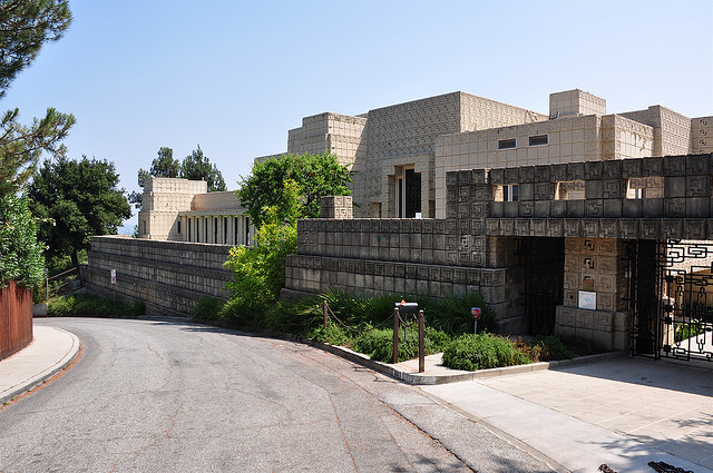 Architecture in Flims: Ennis House