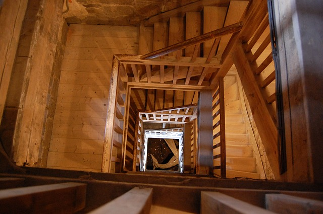 stairs-92814_640