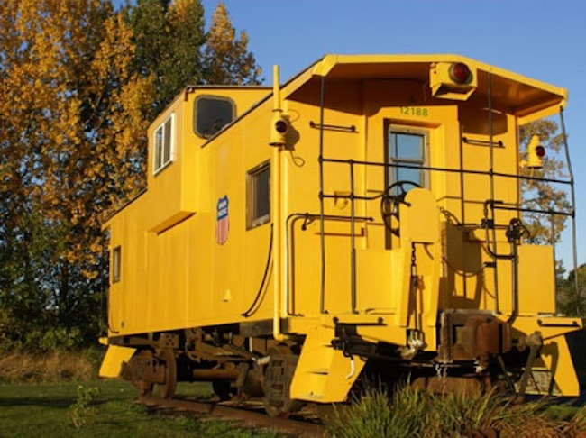 caboose-vintage-train-conversions