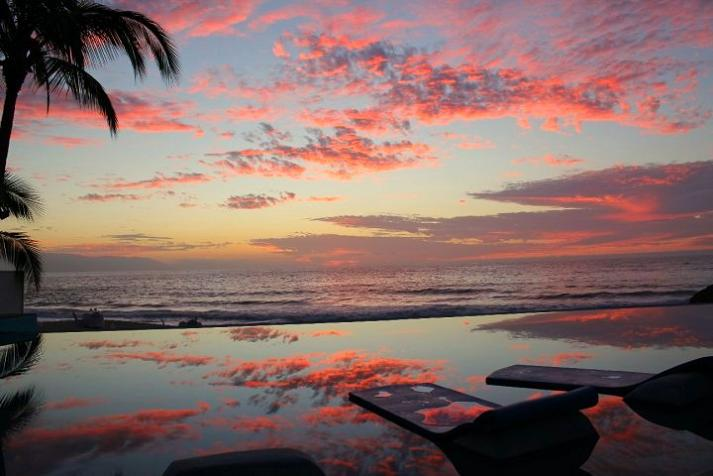 infinity-pool-dreams-resort-puerto-vallarta-mexico (1)