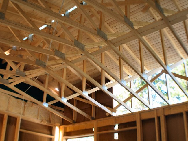 Wooden_roof_structure