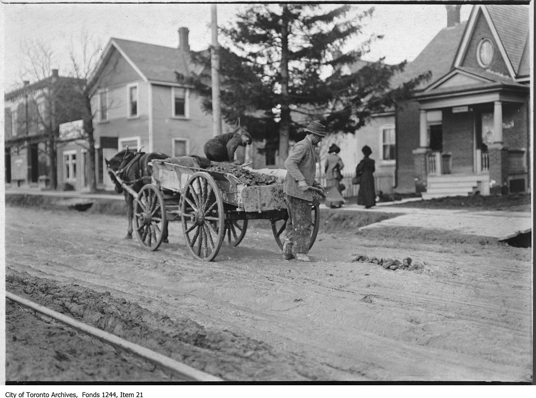 Road repairs on north Yonge Street at Eglinton Avenue. - [between 1907 and 1912]
