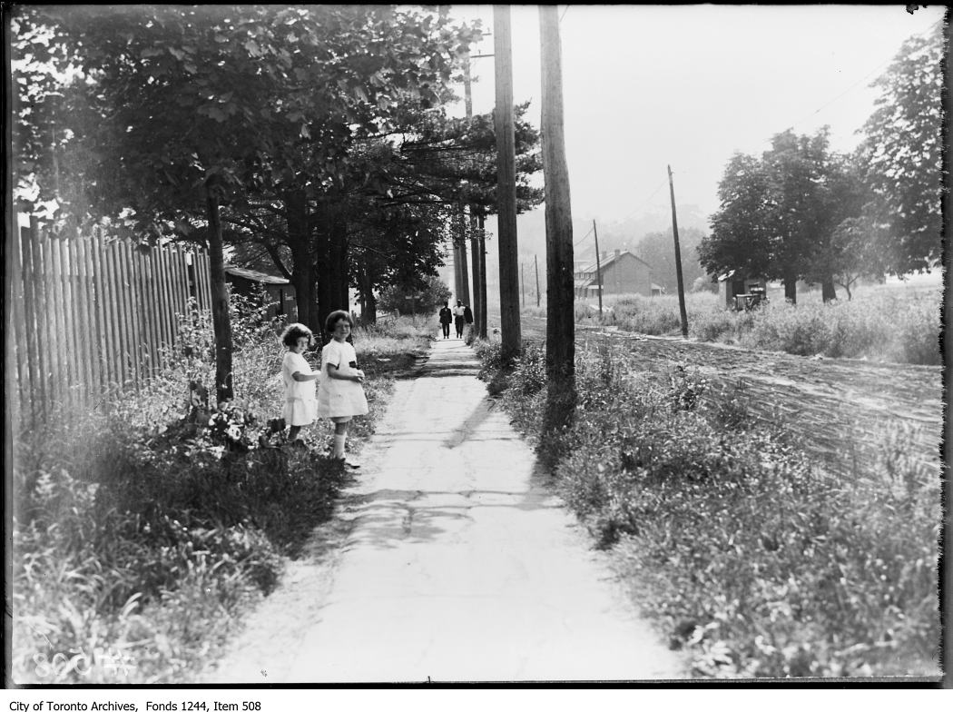 Eglinton Avenue West, looking west from Yonge Street. - 1922